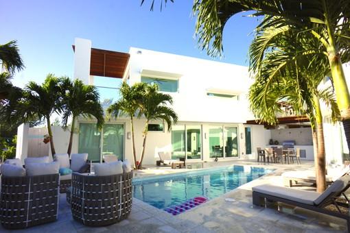 Casa Del Mar Villas