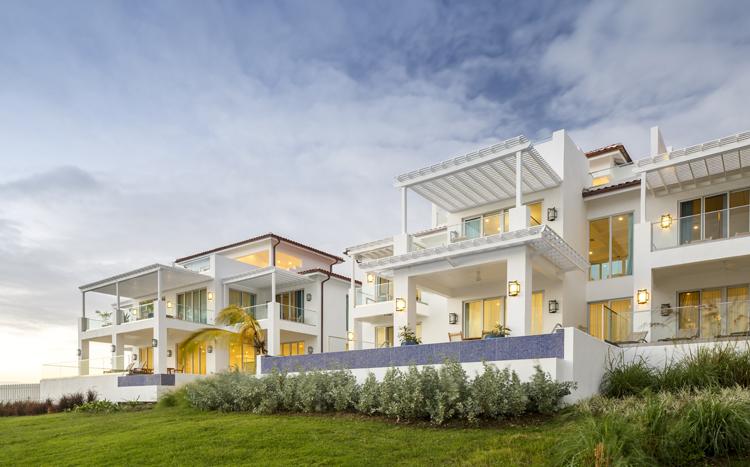 Beachfront Villas at Windjammer Landing
