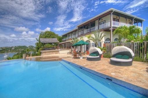 L'Anse Aux Epines House