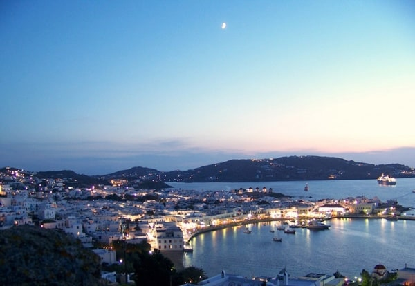 mykonos at night