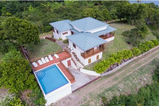 Two Bays Beach Villa Grenada
